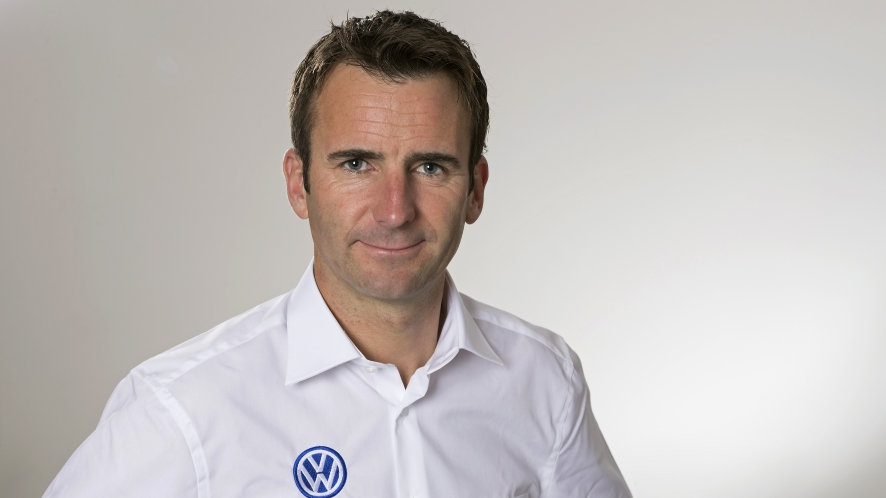 Romain Dumas - pilota volkswagen I.D.R stampa 3d veicolo elettrico
