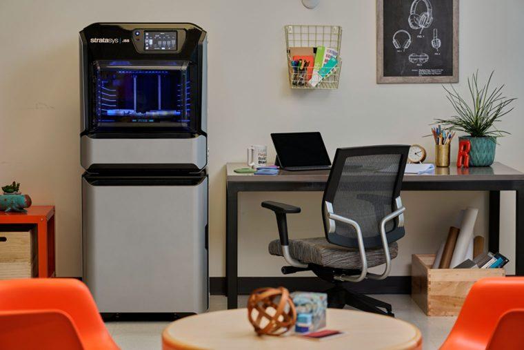 Stampante 3D ufficio Stratasys J55